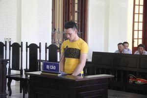 Tiện tay buôn ma túy, nam thanh niên 'lãi' 20 năm tù