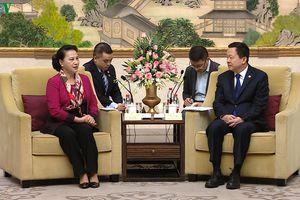 Chủ tịch Quốc hội tiếp Bí thư Thành ủy Tô Châu, Trung Quốc