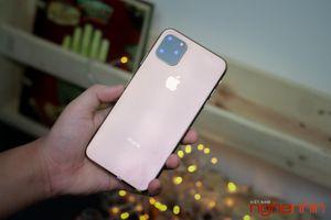 Trên tay iPhone 11 'fake' tại Việt Nam: hàng xịn khác được bao nhiêu ?