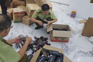TP Móng Cái, Quảng Ninh: Thu giữ một loạt hàng nhái thương hiệu lớn