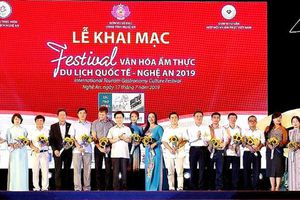 Hơn 100 gian hàng tham dự Festival Văn hóa ẩm thực du lịch Quốc tế - Nghệ An 2019