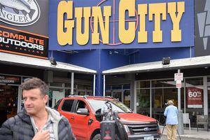 New Zealand siết chặt luật sở hữu súng sau hàng loạt vụ tấn công