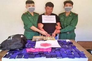 Quảng Bình: Bắt giữ đối tượng vận chuyển 24.000 viên ma túy xuyên quốc gia