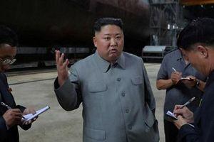 Chủ tịch Kim Jong-un thị sát tàu ngầm mới, dự kiến triển khai tại biển Nhật Bản