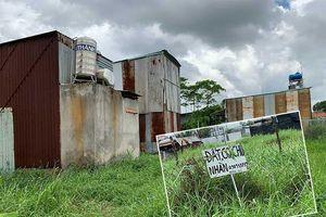 Bình Chánh: Cả chục căn nhà xây lụi trên đất người khác