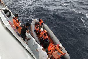 Dừng tìm kiếm thuyền viên mất tích tại vùng biển Bạch Long Vĩ