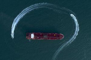 Hải quân Anh sẽ hộ tống tàu hàng qua eo biển Hormuz