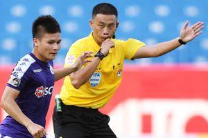 Trọng tài số một Việt Nam có thể bắt chính trận 'chung kết' V.League
