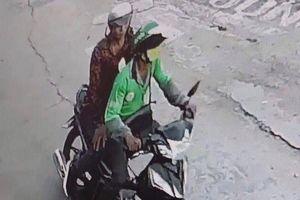 Thêm một người chạy xe ôm Grab bị khách dí dao vào cổ, cướp tài sản
