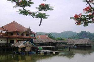 Tháo dỡ các công trình chắn đường ven hồ Kim Quy ở Khu du lịch Hàm Rồng