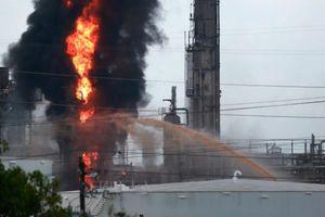 Mỹ: Cháy nổ kinh hoàng tại nhà máy của ExxonMobil