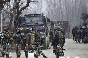 Ấn Độ cảnh báo du khách rời khỏi Kashmir vì lý do an ninh