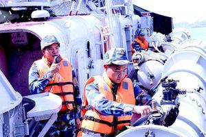 Nâng cao chất lượng tổng hợp và sức mạnh của Hải quân nhân dân Việt Nam trong tình hình mới