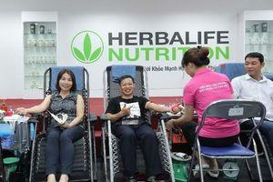 Nhân viên Herbalife hiến 163 đơn vị máu hưởng ứng ngày hiến máu tình nguyện