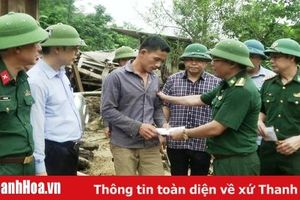 Đoàn công tác của Bộ Tư lệnh Biên phòng chỉ đạo khắc phục hậu quả lũ lụt tại bản Sa Ná