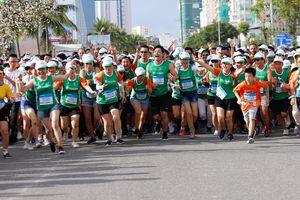 Manulife tài trợ dài hạn marathon quốc tế Đà Nẵng, cổ vũ lối sống năng động và khỏe mạnh tại Việt Nam