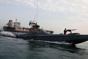 Iran bị tố can thiệp GPS để 'đưa' tàu nước ngoài vào vùng biển