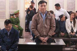 Châu Việt Cường được giảm 2 năm tù