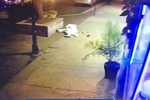 Chàng trai lấy thân mình che đạn cho bạn gái trong vụ xả súng ở Mỹ