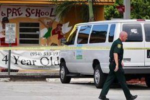 Bé trai 2 tuổi ở Mỹ chết vì bị bỏ rơi trong xe đưa đón của trường suốt 5 tiếng