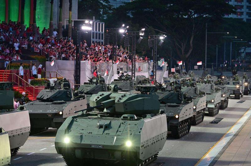 Siêu hoành tráng cuộc duyệt binh của Quân đội Singapore