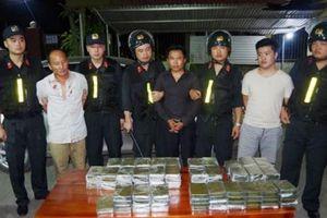 Bắt 5 đối tượng vận chuyển 120 bánh heroin tại Thái Nguyên