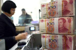 Trung Quốc phiên thứ 3 hạ tỷ giá tham chiếu Nhân dân tệ dưới mức 7