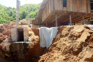 Mường Lát (Thanh Hóa): Dân bất an ở khu tái định cư Na Chừa
