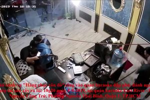 TP. HCM: Hàng chục người xông vào quán karaoke East River đập phá, cướp tài sản