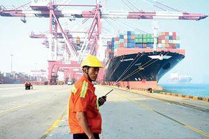 Mỹ lùi áp thuế một số hàng hóa Trung Quốc: Không vội mừng