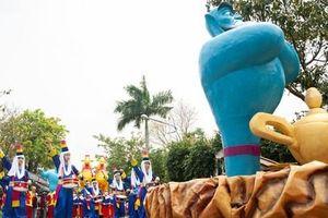Các nhóc tì trầm trồ với Vũ hội hóa trang độc đáo ngay tại Hà Nội