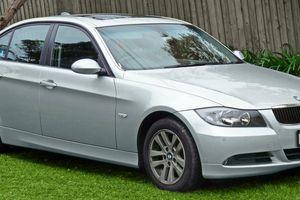 Vì sao BMW Series 3 đời E90/E93 bị triệu hồi tại thị trường Việt Nam?