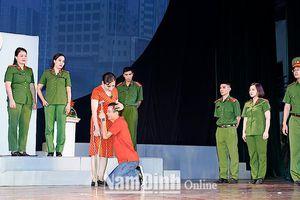 Sân khấu Nam Định với các vở diễn về đề tài người chiến sĩ Công an nhân dân