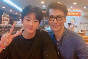 Con trai 14 tuổi của nhạc sĩ người Hàn nổi tiếng vì ngoại hình mỹ nam