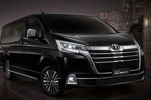 Soi MPV 'sang chảnh' Toyota Majesty chỉ từ 1,28 tỷ đồng