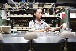 Bảo vệ hàng hóa và doanh nghiệp Việt Nam