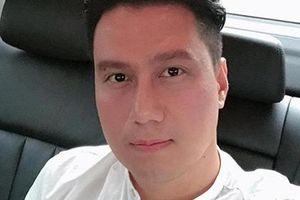 Facebook sao Việt hôm nay (23/8): Việt Anh khoe ảnh sau phẫu thuật thẩm mỹ gây thất vọng