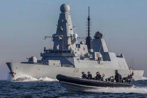 Anh điều thêm chiến hạm để 'bảo vệ tàu hàng' tại Vùng Vịnh