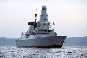 Anh triển khai thêm một tàu chiến đến vùng Vịnh