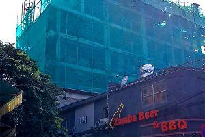 'Làm xiếc' trên đất trung tâm Hà Nội, cao ốc liên tục xin tăng giảm số phòng