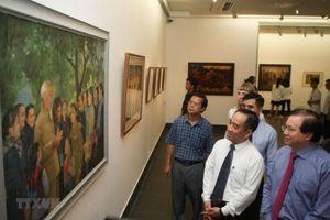 Hà Nội: Triển lãm 'Nhớ về Bác' chào mừng kỷ niệm Quốc khánh