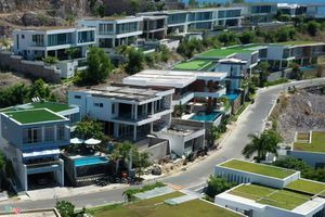 Xẻ núi Nha Trang xây biệt thự biển triệu USD dành cho giới siêu giàu