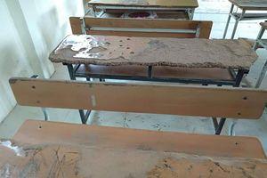 Huyện Mường Lát thiếu hàng trăm bộ bàn ghế học sinh trước năm học mới