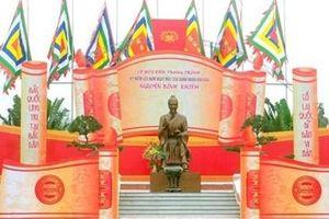 Nguyễn Bỉnh Khiêm: Thơ và sấm ký!