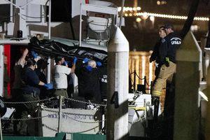 Cháy tàu lặn ở Mỹ, 25 người chết