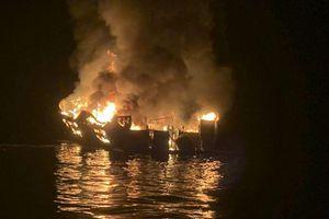Thảm kịch cháy tàu lặn biển ở California: Mỹ ngừng tìm kiếm nạn nhân mất tích