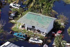 Cảnh tượng như tận thế ở đảo Bahamas sau khi siêu bão Dorian quét qua
