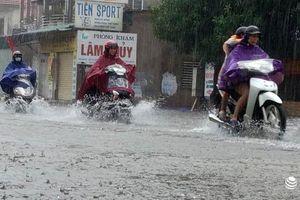 Nghệ An: 135 trường học hoãn ngày khai giảng do mưa lớn, ngập sâu