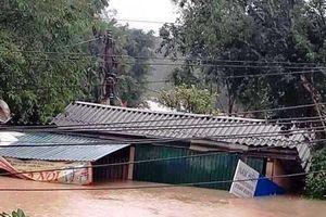 Cận cảnh vùng rốn lũ Hương Khê – Hà Tĩnh chìm ngập trong biển nước