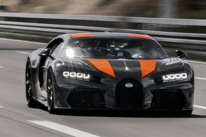 Chứng kiến Bugatti Chiron vượt ngưỡng tốc độ 490km/giờ